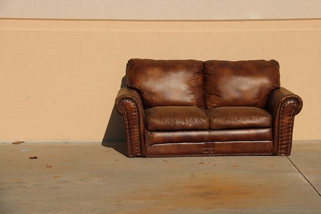 מסירת רהיטים בחינם